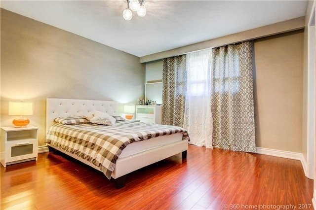 Detached at 24 Annabelle Dr, Toronto, Ontario. Image 4