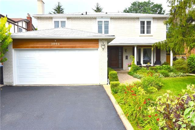 Detached at 3996 Garnetwood Chse, Mississauga, Ontario. Image 1