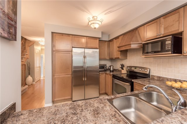 Townhouse at 27 Eagle Trace Dr, Unit 79, Brampton, Ontario. Image 18