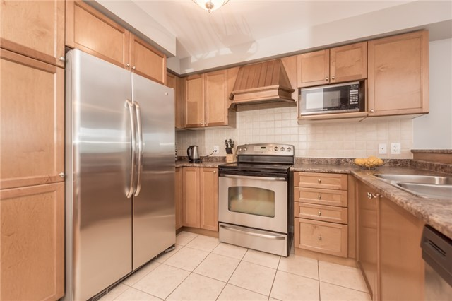 Townhouse at 27 Eagle Trace Dr, Unit 79, Brampton, Ontario. Image 19