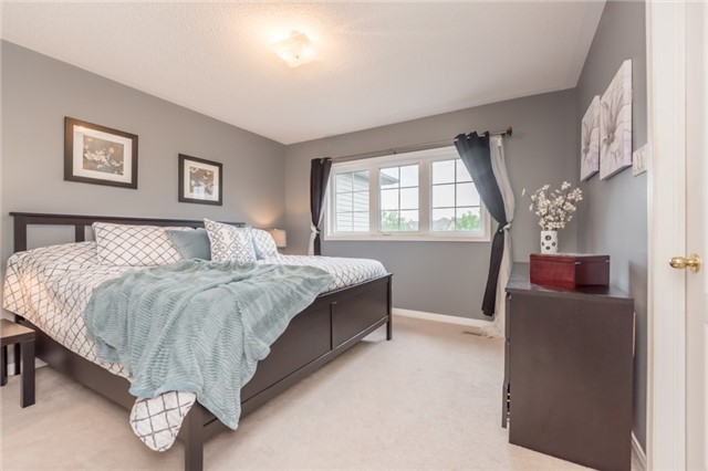 Townhouse at 27 Eagle Trace Dr, Unit 79, Brampton, Ontario. Image 5