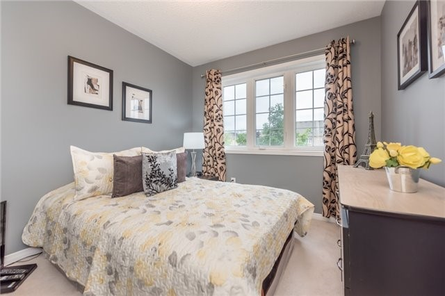 Townhouse at 27 Eagle Trace Dr, Unit 79, Brampton, Ontario. Image 7