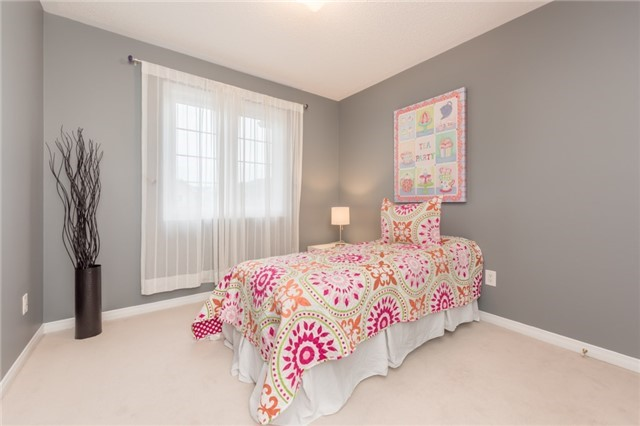 Townhouse at 27 Eagle Trace Dr, Unit 79, Brampton, Ontario. Image 8