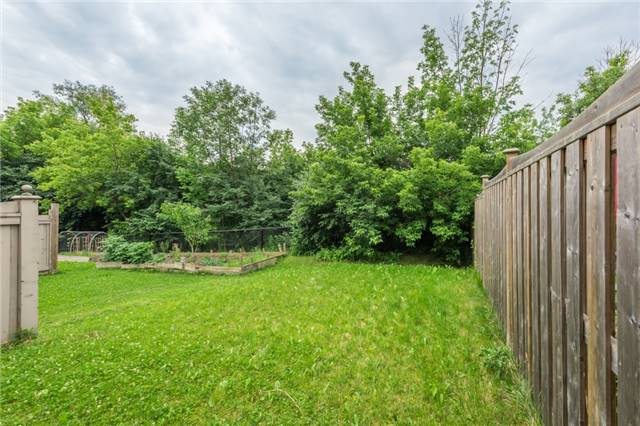Townhouse at 27 Eagle Trace Dr, Unit 79, Brampton, Ontario. Image 11