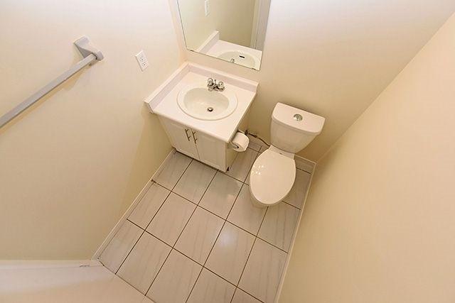 Condo Apartment at 115 Hillcrest Ave, Unit 1413, Mississauga, Ontario. Image 10