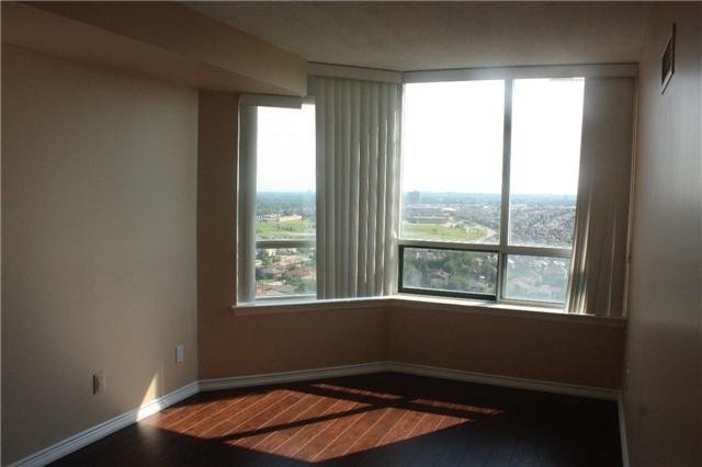 Condo Apartment at 135 Hillcrest Ave, Unit 2209, Mississauga, Ontario. Image 8