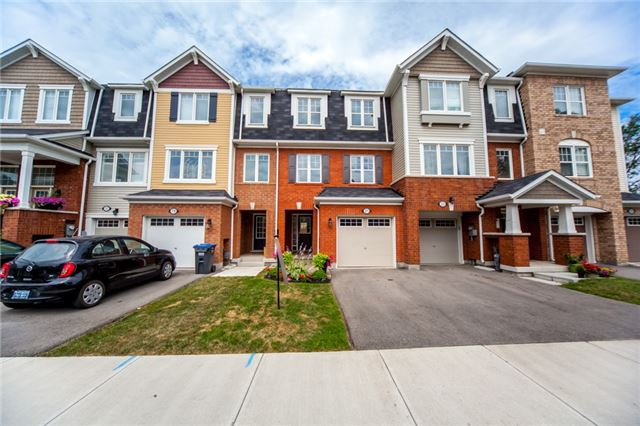 Townhouse at 21 Colonel Frank Ching Cres, Brampton, Ontario. Image 1
