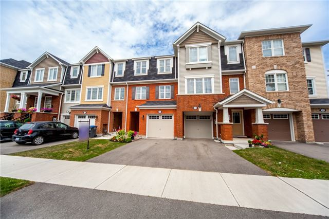 Townhouse at 21 Colonel Frank Ching Cres, Brampton, Ontario. Image 12