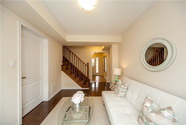 Townhouse at 21 Colonel Frank Ching Cres, Brampton, Ontario. Image 16