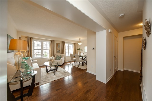 Townhouse at 21 Colonel Frank Ching Cres, Brampton, Ontario. Image 17