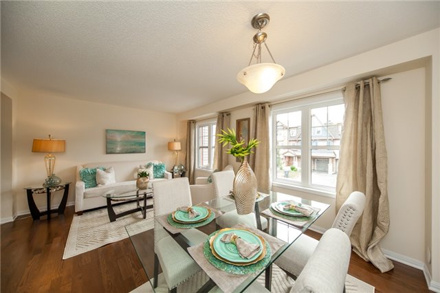Townhouse at 21 Colonel Frank Ching Cres, Brampton, Ontario. Image 3
