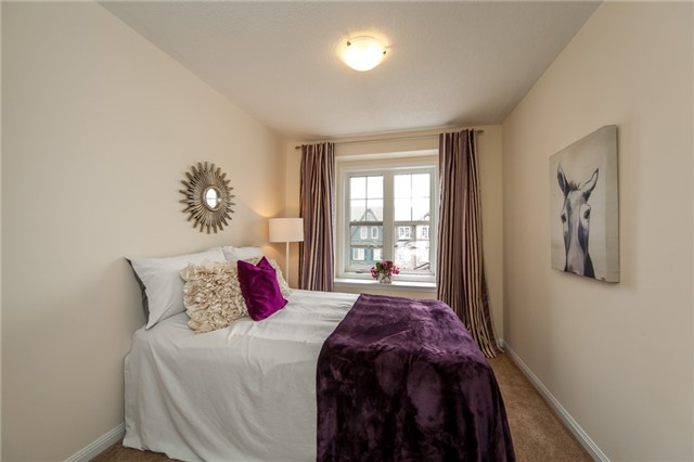 Townhouse at 21 Colonel Frank Ching Cres, Brampton, Ontario. Image 11