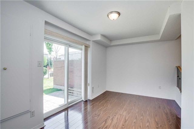 Condo Townhouse at 4950 Albina Way, Unit 38, Mississauga, Ontario. Image 8