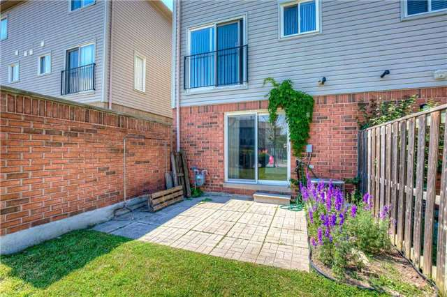Condo Townhouse at 4950 Albina Way, Unit 38, Mississauga, Ontario. Image 10