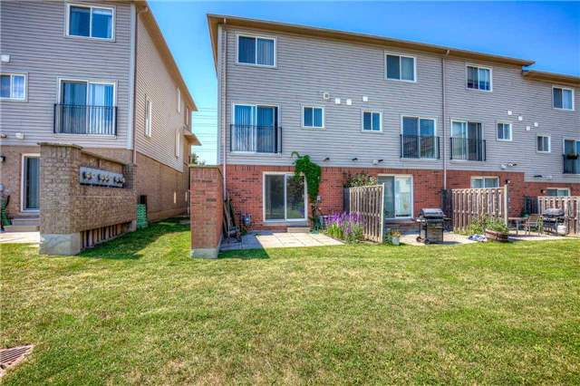 Condo Townhouse at 4950 Albina Way, Unit 38, Mississauga, Ontario. Image 11