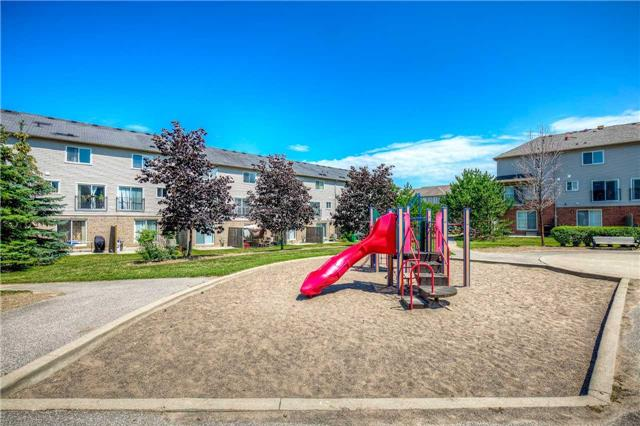 Condo Townhouse at 4950 Albina Way, Unit 38, Mississauga, Ontario. Image 13