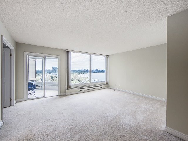 Condo Apartment at 1 Palace Pier Crt, Unit 1102, Toronto, Ontario. Image 7