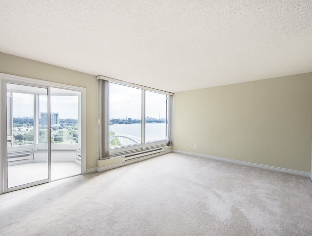 Condo Apartment at 1 Palace Pier Crt, Unit 1102, Toronto, Ontario. Image 2