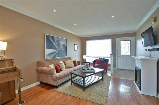 Detached at 2674 Treviso Crt, Mississauga, Ontario. Image 16