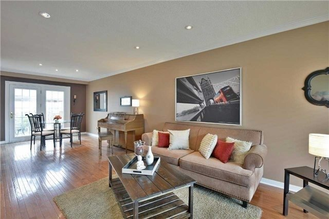 Detached at 2674 Treviso Crt, Mississauga, Ontario. Image 17