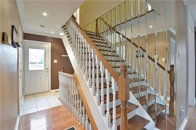 Detached at 2674 Treviso Crt, Mississauga, Ontario. Image 20