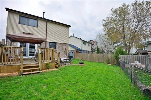 Detached at 2674 Treviso Crt, Mississauga, Ontario. Image 11