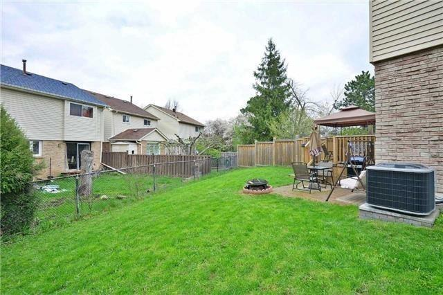 Detached at 2674 Treviso Crt, Mississauga, Ontario. Image 13