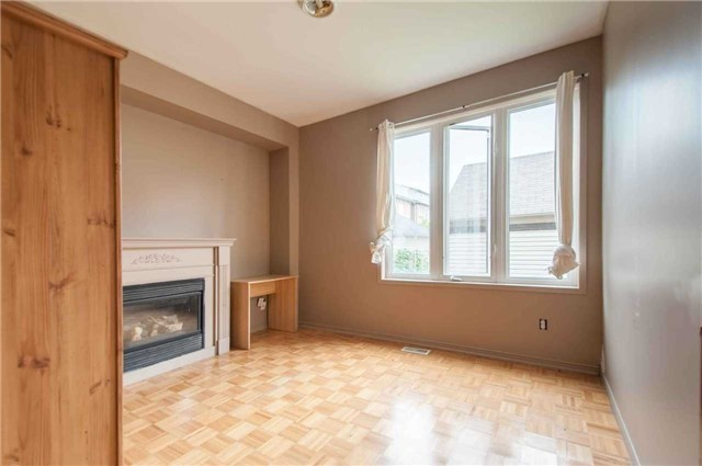 Detached at 313 Murray Ross Pkwy, Toronto, Ontario. Image 14