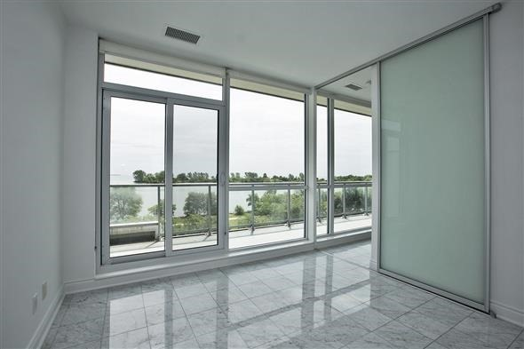 Condo Apartment at 80 Marine Parade Dr, Unit 218, Toronto, Ontario. Image 4