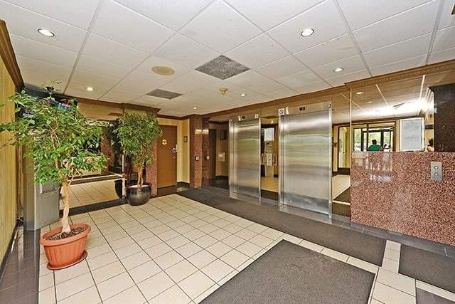 Condo Apartment at 10 Markbrook Lane, Unit 212, Toronto, Ontario. Image 14