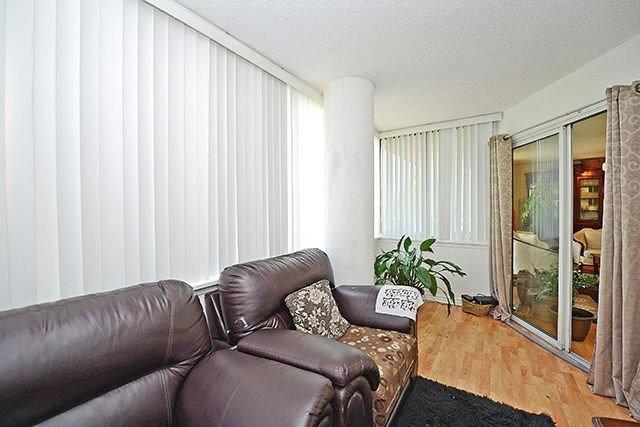 Condo Apartment at 10 Markbrook Lane, Unit 212, Toronto, Ontario. Image 3