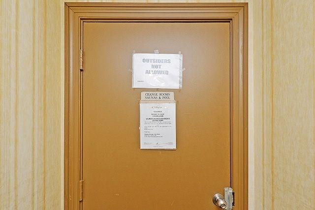 Condo Apartment at 10 Markbrook Lane, Unit 212, Toronto, Ontario. Image 13