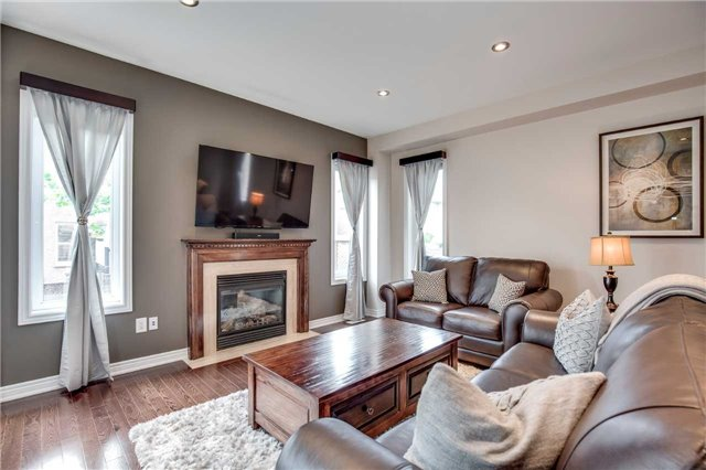 Detached at 4638 Simmons Rd, Burlington, Ontario. Image 14