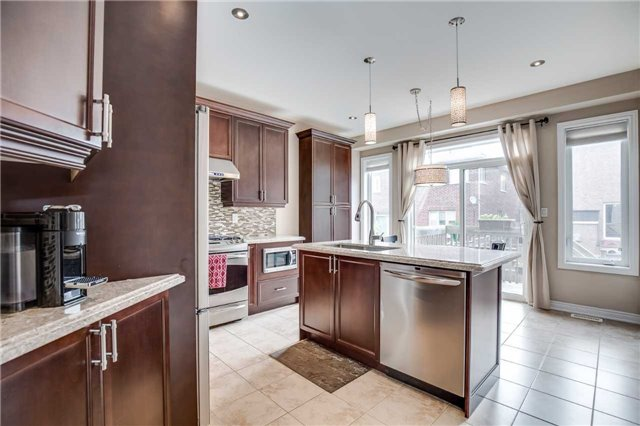 Detached at 4638 Simmons Rd, Burlington, Ontario. Image 19