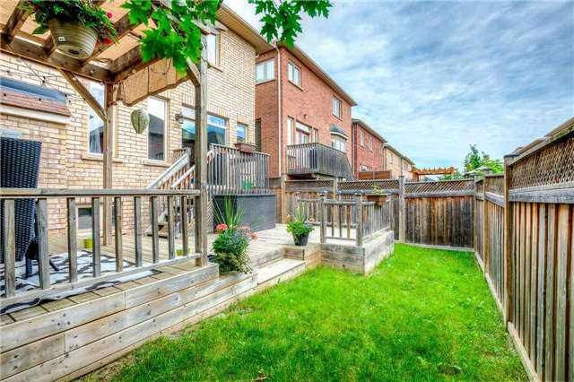 Detached at 4638 Simmons Rd, Burlington, Ontario. Image 13