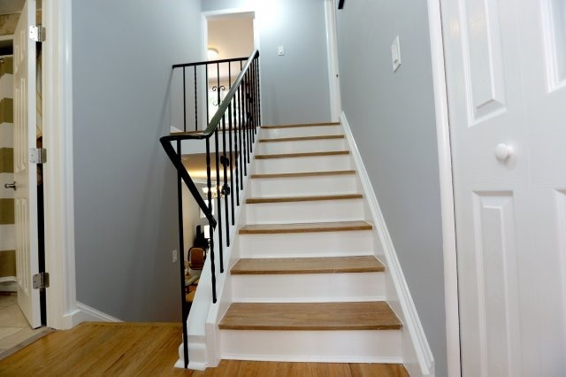 Semi-detached at 2366 Padstow Cres, Mississauga, Ontario. Image 19