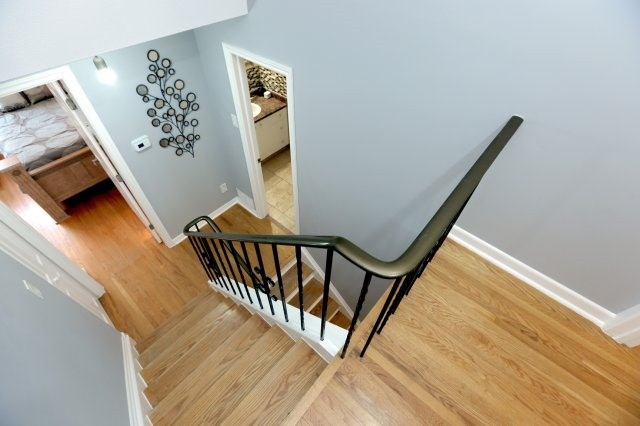 Semi-detached at 2366 Padstow Cres, Mississauga, Ontario. Image 5