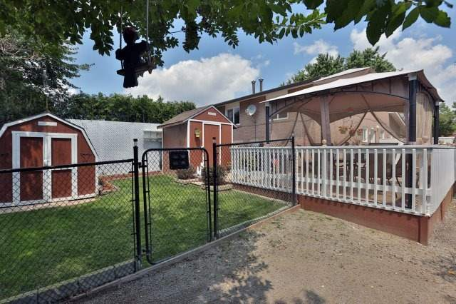 Semi-detached at 2366 Padstow Cres, Mississauga, Ontario. Image 8
