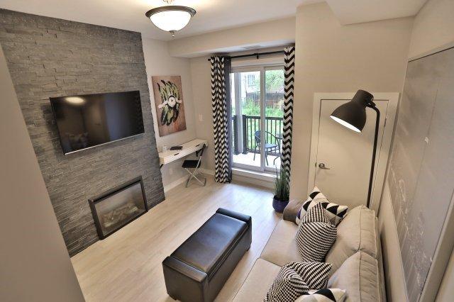 Condo Apartment at 73 Washington Ave, Unit 204, Oakville, Ontario. Image 4