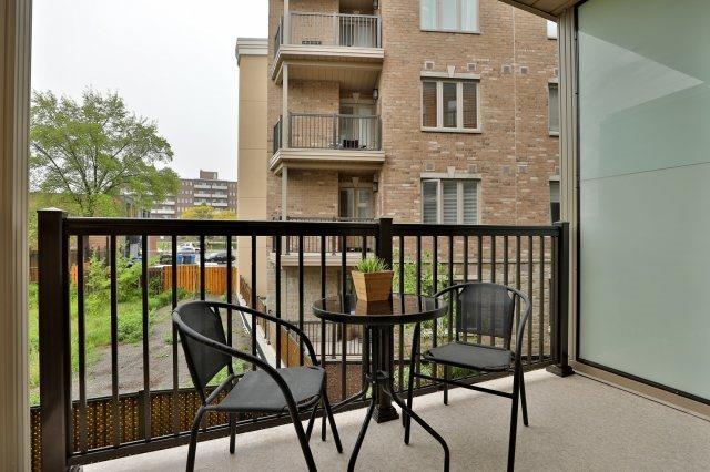 Condo Apartment at 73 Washington Ave, Unit 204, Oakville, Ontario. Image 8