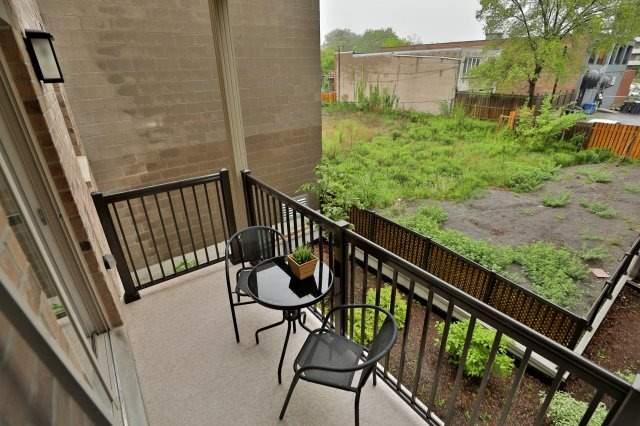 Condo Apartment at 73 Washington Ave, Unit 204, Oakville, Ontario. Image 9