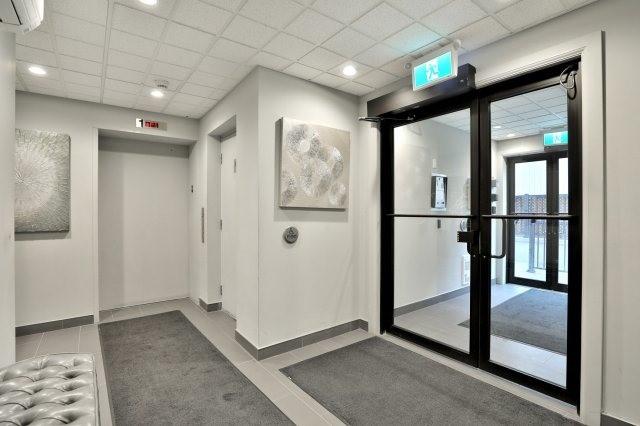 Condo Apartment at 73 Washington Ave, Unit 204, Oakville, Ontario. Image 10