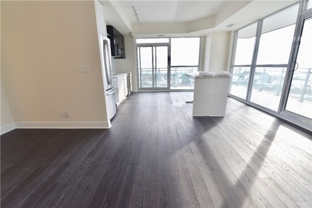 Condo Apartment at 2175 Lake Shore W Blvd, Unit 710, Toronto, Ontario. Image 4