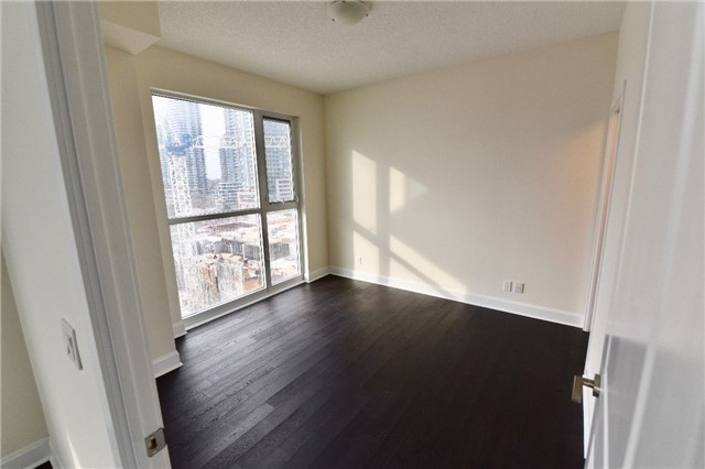 Condo Apartment at 2175 Lake Shore W Blvd, Unit 710, Toronto, Ontario. Image 5