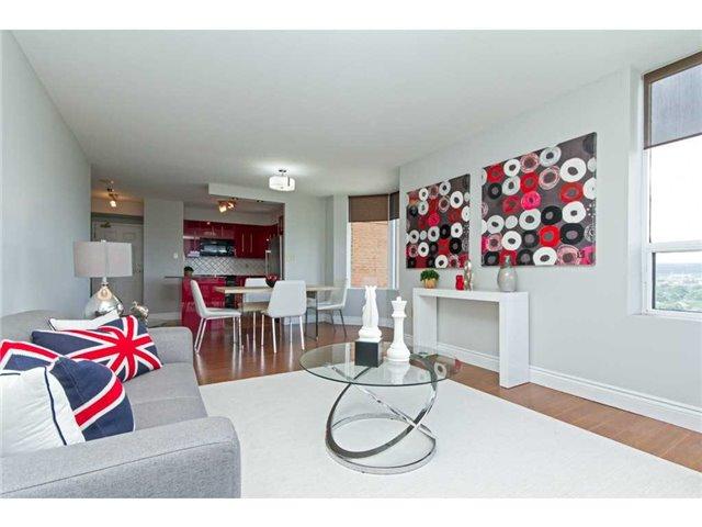 Condo Apartment at 1270 Maple Crossing Blvd, Unit 1509, Burlington, Ontario. Image 18
