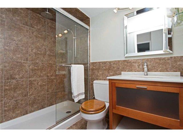 Condo Apartment at 1270 Maple Crossing Blvd, Unit 1509, Burlington, Ontario. Image 7