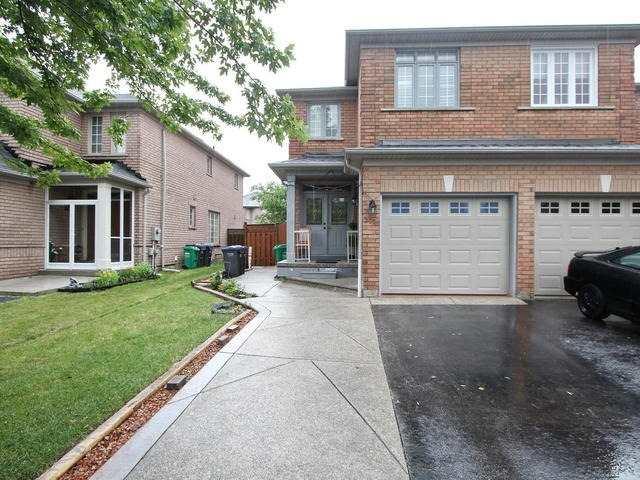 Semi-detached at 275 Morningmist St, Brampton, Ontario. Image 1
