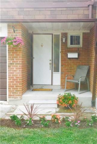 Condo Townhouse at 3025 Ceddarglen Gate, Unit 36, Mississauga, Ontario. Image 10