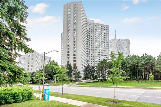 Condo Apartment at 3700 Kaneff Cres, Unit 1806, Mississauga, Ontario. Image 11