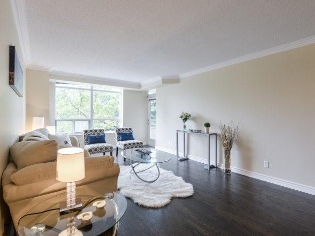 Condo Apartment at 35 Kingsbridge Garden Circ, Unit 212, Mississauga, Ontario. Image 15